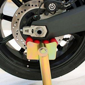 Depåstöd, bak, Ducati Scrambler
